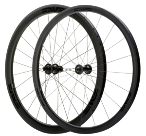 ENVE 3.4 SES Clincher Wheelset - Chris King R45 Hubs