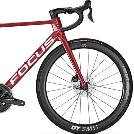 2021 Focus Izalco Max Disc 9.6 Road Bike